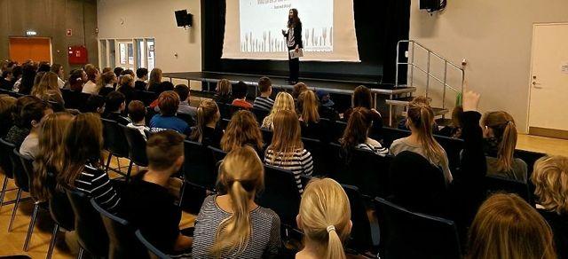 Foredrag for unge - om præstationspres og mistrivsel